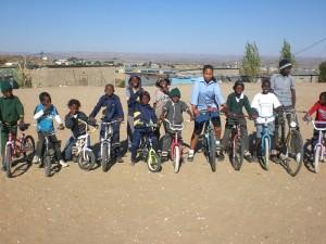 11. Mobiliät c Fahrräder für Afrika